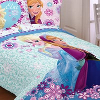 Anna and Elsa Comforter - Twin / Full