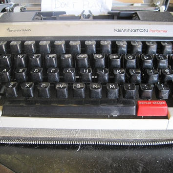 1961 Sperry Rand Remington Performer Typewriter by Brother, Japan