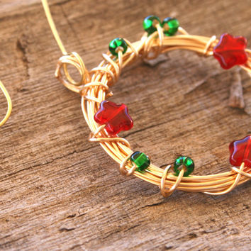 Christmas Wreath Ornament , Handmade Wire Wrapped Holiday Ornament