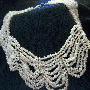Beaded Necklace Rice Pearl Choker Vintage Fashion Jewelry Nine Strand White Acrylic Bead Collar Bib
