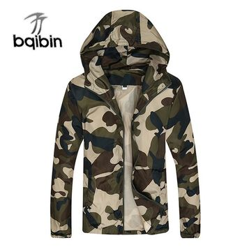 New Men's Fashion Camouflage Jacket Men Tide Male Hooded Thin Camo Bomber Jackets Sunscreen Coat Jaqueta Masculina