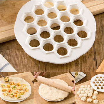 Creative DIY 19 Holes Dumplings Mold Lazy Fast Ravioli Maker Dough Press Kitchen Cooking Tools Mould