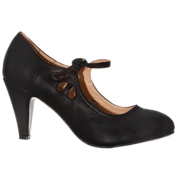 Shuffle & Sway Maryjane Pumps in Black Sea