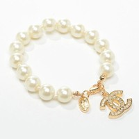 Chanel Woman Fashion Logo Diamonds Pearls Bracelet For Best Gift