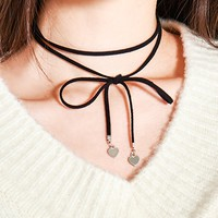 HIDE AND SEEKHeart Accent Ribbon Choker | MIXXMIX
