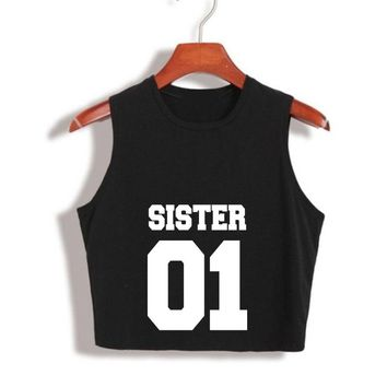 Girlfriends Crop Top SISTER 01 Best Friends Black White Letter Print Cropped sexy womens tops haut femme hip hop Cotton T Shirt