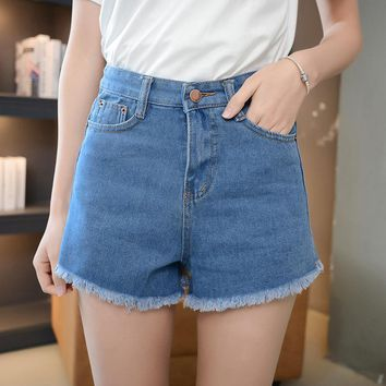 2017 Hot Sale Women Cloth Blue Denim Shorts Non-stretch High Waist Loose Cotton Short Jeans Shorts Female Denim Shorts Plus Size