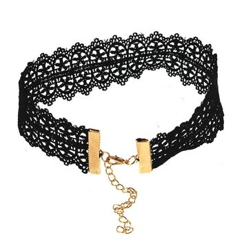 Fashion Black Rope Chain Hollow Five Star Chokers Necklaces Women Simple Style Velvet Summer Necklaces for Girls Friends Gift
