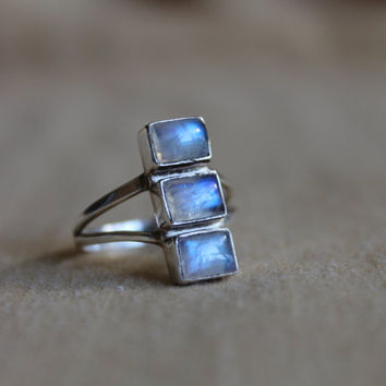 Trilogy Rainbow Moonstone Sterling Silver Ring Size 8