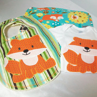 Fox Baby Gift Set - Appliqued Bodysuit - Newborn Gift Set -Contoured Terry Burp Cloth
