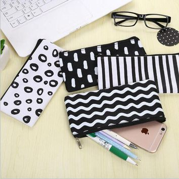 Novelty oxford fabric Pencil Bag Papelaria Pencil Case Stationery Canvas Material Escolor School Supplies