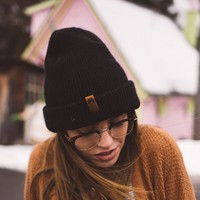 THE INDY BEANIE - NO POM