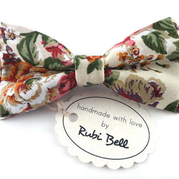 Bow Tie - floral bow tie - wedding bow tie - creamy white bow tie with flower pattern - man bow tie  - men bow tie - gifts for him