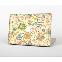 "The Subtle Yellow & Pink Sketched Lace Patterns v21 Skin Set for the Apple MacBook Pro 13"" with Retina Display"