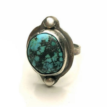 Turquoise Ring in Sterling Silver- Bezel Set in Size 9