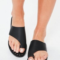 Missguided - Black Faux Leather Flat Studded Sandals