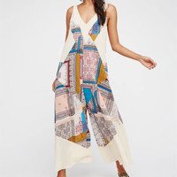 Fashion Retro Stitching Multicolor Print V-Neck Sleeveless Romper Jumpsuit Wide Leg Trousers