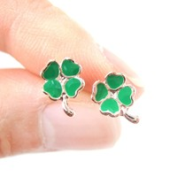 Four Leaf Clover Shaped Lucky Floral Stud Earrings in Green | DOTOLY