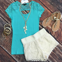 Lace Alert Top: Mint