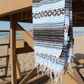 Gorgeous Handwoven Mexican Blanket - Blue Sky