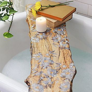 studioKMD Womens Flower Pressed Tub Board