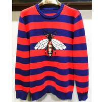 Fashionable bee stripe sweater sweater men's sweater with a base