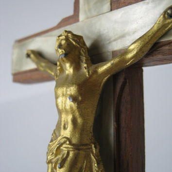 Vintage Crucifix Cross Wood an Mother of Pearl