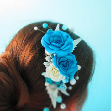Decorative Combs Blue and White Wedding hair comb Blue wedding White flower hair Blue accessory hair Winter flower Bridal party gifts Blue