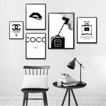 Vintage Canvas Painting Modern Couture Wall Art Living Room Print Picture Black Perfume Home Decoration Fashion Cuadros Poster