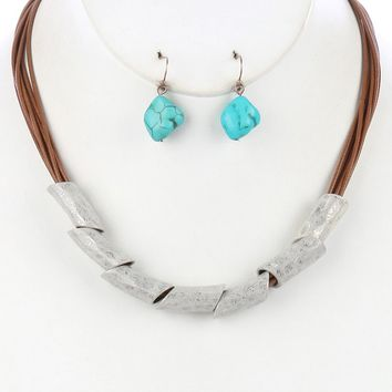 White Hammered Metal Barrel Multi Cord Bib Necklace And Earring Set