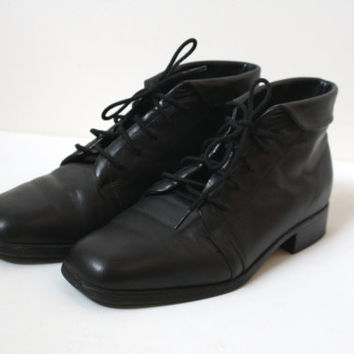 Vintage Lace up Boots - Black Leather Square Toe ankle boots - Womens US 6 6.5