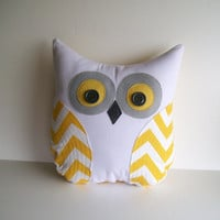 owl pillow chevron, yellow white grey zig zag decorative pillow, unisex, nursery, child's room decor, MADE TO ORDER