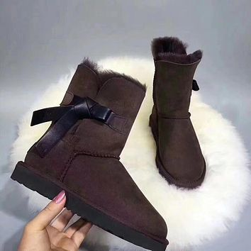 UGG : Side skin bows pure wool snow boots