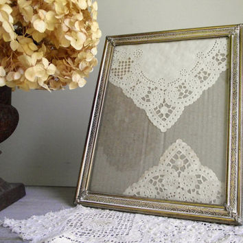 Vintage Brass Frame | Ornate Solid Brass 8 x 10 Frame | Romantic Hollywood Regency Decor | Vintage Bridal Wedding Decor