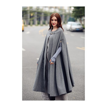 Camelliatune Maxi Wool Cape Poncho