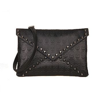 133fa6043806b9 Women New Pu Leather Skull Rivets Envelope Crossbody Bags Female