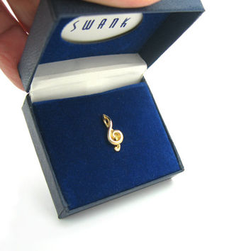 Men's Tie Tack. Treble Clef Music Pin. G Clef. Swank Gold Tone Tie Tac. Original Box. Vintage 1970s Retro Jewelry
