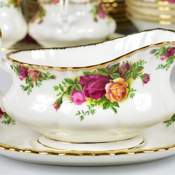 Royal Albert, Old Country Roses Gravy Boat & Underplate