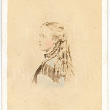 CDV Photo Carte de Visite Victorian Young Pretty Girl, Long Ringlets, Hand Tinted Profile Portrait - Portsea Studio Liddiard - Antique Photo
