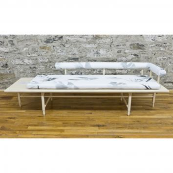 ST. CHARLES DAYBED