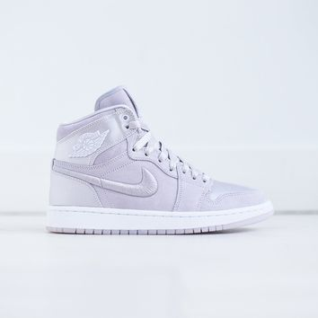Nike WMNS Air Jordan 1 Retro High SOH - Barely Grape / White