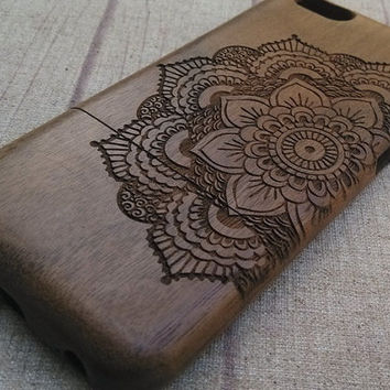 Wood iPhone case, 2/3 view mandala, iphone 6/plus case, iphone 5 case, iphone 5c case,iphone 4 case, wood case, iphone case, gift, accessory