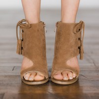 Fastlane Lace Up Sandals ~ Camel