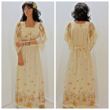 Vintage 1970's maxi dress, size S / M,  70's hippie dress, long bohemian festival dress, baby doll floral maxi dress, Sunny Boho