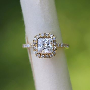 14K Yellow Gold Princess 3 Carat DF Moissanite Engagement Halo Ring with Small White Round lab Diamond Wedding for Women