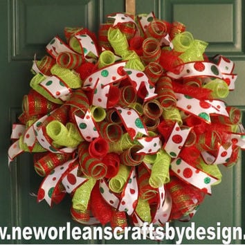 Christmas Red and Green Spiral Deco Mesh Wreath