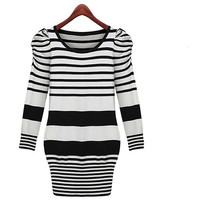 Fashion Round Neck Black and White Striped Knit Dress