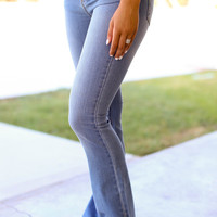Flare Jeans - Light Wash