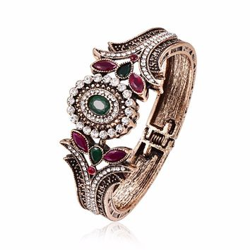 Crystal Flower Bangle For Women Vintage Jewelry Antique Gold Color Red/Green Resin Beaded Statement Bracelets Bangles