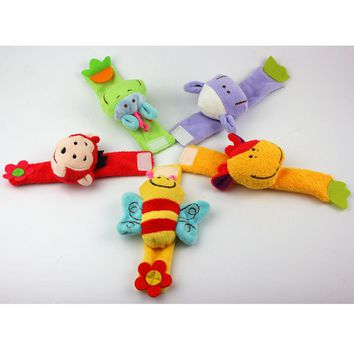 Good quality 15cm stuffed doll plush toy baby rattle sheep monkey bee cattle wrist bells super soft enlightenment puzzle toys